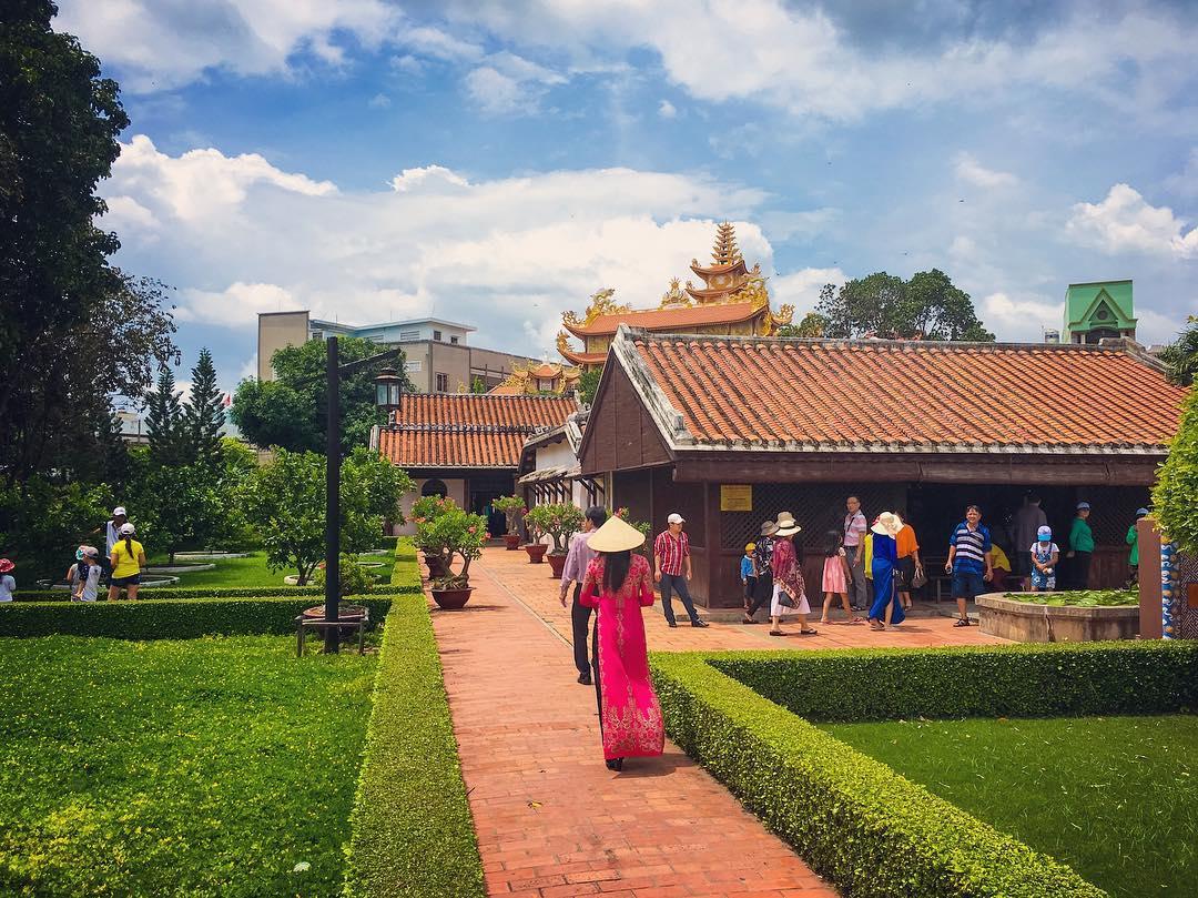 Trường Dục Thanh & Bảo tàng Hồ Chí Minh