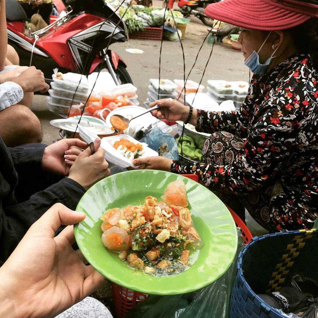 bánh quai vạc ở chợ phan thiết